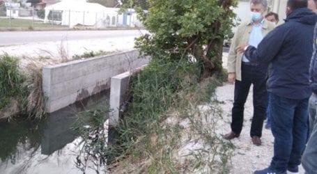 ΛΑ.ΣΥ: Επικίνδυνο χαντάκι-εστία μόλυνσης δίπλα στους σεισμοπαθείς στο Δαμάσι
