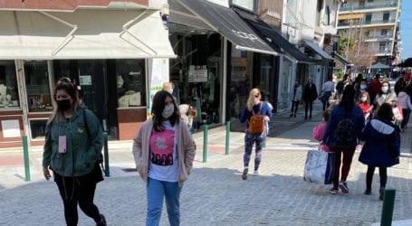 Λιανεμπόριο: Τα πάνω – κάτω στον τρόπο που ψωνίζουν οι καταναλωτές – Τι δείχνει έρευνα