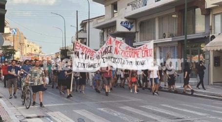 Βόλος: Σε εξέλιξη το συλλαλητήριο κατά της καύσης σκουπιδιών – Δείτε εικόνες και βίντεο [συνεχής ενημέρωση]