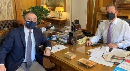 Κέλλας: Θετικό το υπουργείο για αποζημίωση de minimis στα σταφύλια ποικιλίας crimson