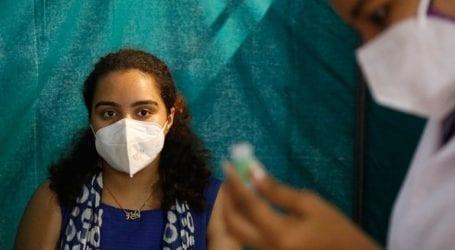 Η πρωτεύουσα της Ινδίας προετοιμάζεται για την κορύφωση της επιδημίας με 37.000 κρούσματα την ημέρα