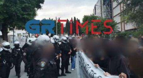 Ένταση μεταξύ αστυνομίας και συγκεντρωμένων στο ΑΠΘ