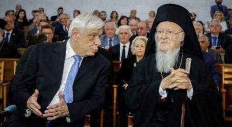 Τηλεφωνική επικοινωνία Πρ. Παυλόπουλου με τον ΟικουμενικόΠατριάρχη Βαρθολομαίο