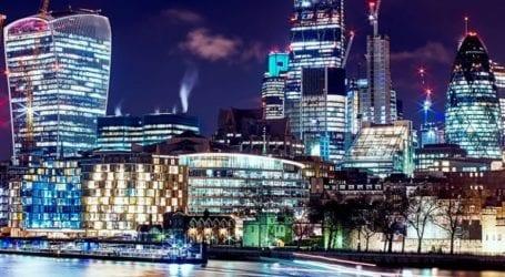 Σε τροχιά δυναμικής ανάπτυξης η βρετανική οικονομία
