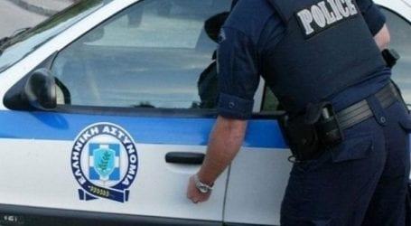 Συνελήφθησαν τρεις γυναίκες που εργάζονταν ως αποκλειστικές νοσοκόμες χωρίς άδεια