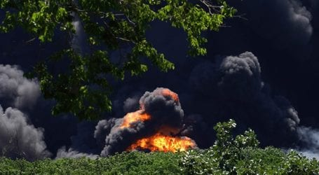 Μεγάλη φωτιά σε εργοστάσιο χημικών στο Ιλινόι