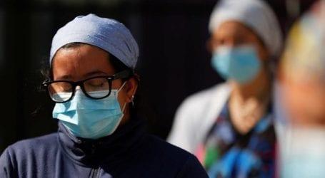 Πάνω από 1.000 θάνατοι και σχεδόν 45.000 κρούσματα σε 24 ώρες