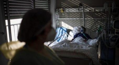 Άλλοι 36 θάνατοι και σχεδόν 1.500 κρούσματα σε 24 ώρες