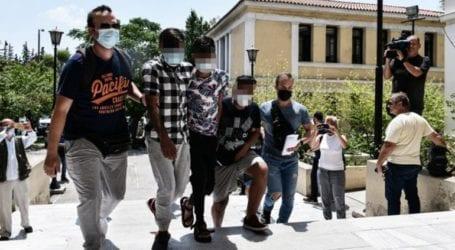 Προφυλακιστέοι οι δύο από τους τρεις δράστες για τον βιασμό της 25χρονης εγκύου