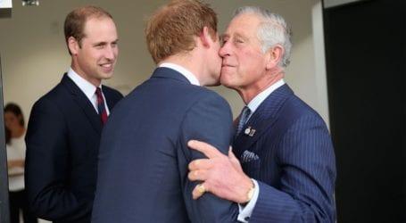 Σοκαρισμένος από τη διαμάχη των γιων του ο πρίγκιπας Κάρολος