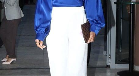 Η Ιωάννα Μαλέσκου μόλις φόρεσε το πιο staple κομμάτι της γυναικείας γκαρνταρόμπας