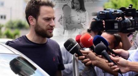 Γιατί η μητέρα της Καρολάιν έδινε στο ζευγάρι 1.000 ευρώ μηνιαίως