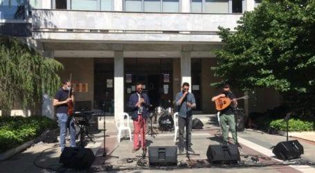 Με …διαμαρτυρία γιορτάζουν την Παγκόσμια Ημέρα Μουσικής στη Λάρισα