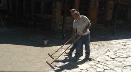 Δήμος Τεμπών: Αποκατάσταση στην πλακόστρωτη πλατεία της Σπηλιάς