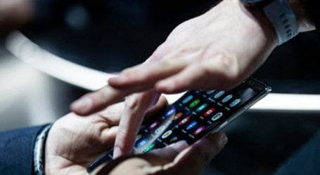 Έρευνα: συχνή χρήση κινητού εφήβους συνδέεται με ανθυγιεινή διατροφή αύξηση βάρους