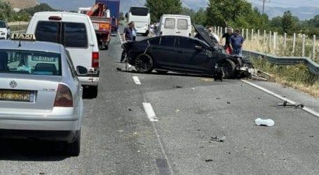 Τρομερό τροχαίο στην εθνική οδό Λάρισας – Τρικάλων (φώτο)
