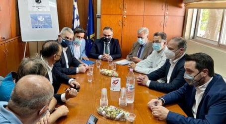 Χαρακόπουλος με Κοντοζαμάνη στη Λάρισα: «Έμπρακτη στήριξη της κυβέρνησης Μητσοτάκη στο ΕΣΥ»