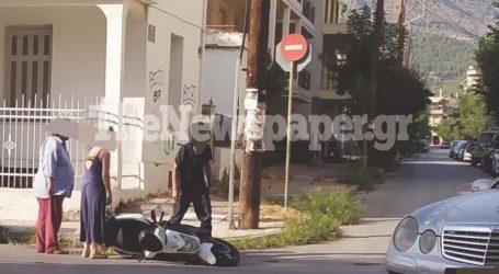 ΤΩΡΑ: Τροχαίο ατύχημα στον Βόλο – Εμπλοκή ταξί και βέσπας [εικόνες]