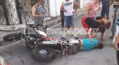 Σοβαρό τροχαίο ατύχημα στη Νέα Ιωνία – Ένας τραυματίας από σύγκρουση ΙΧ και μοτοσυκλέτας [εικόνες]