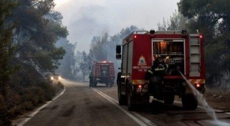Εστίες πυρκαγιάς στην Πάρνηθα εξαιτίας κεραυνών