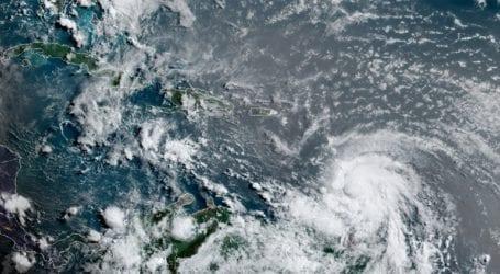 Ενισχύθηκε σε κυκλώνα η τροπική καταιγίδα Έλσα
