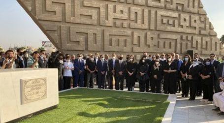 Στρατιωτική κηδεία για την Τζιχάν αλ-Σαντάτ, τη χήρα του δολοφονημένου προέδρου