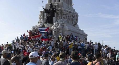 «Χρηματοδοτούμενοι μισθοφόροι από τις ΗΠΑ προκάλεσαν τις ταραχές»