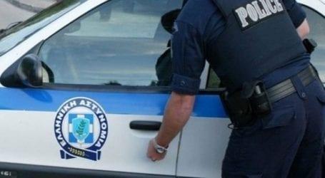 Αστυνομικός βούτηξε στη θάλασσα και έσωσε 19χρονη