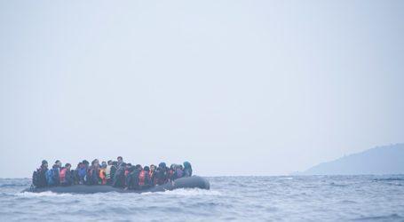 Διασώθηκαν 37 άνθρωποι από πλοιάριο με μετανάστες που βυθίστηκε