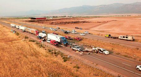 Οκτώ νεκροί σε καραμπόλα 22 οχημάτων, την οποία προκάλεσε αμμοθύελλα