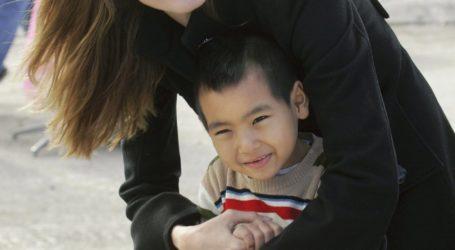 Μπελάδες για την Αντζελίνα Τζολί -Παράνομη η υιοθεσία του γιου της Μάντοξ; Τι αποκαλύπτεται