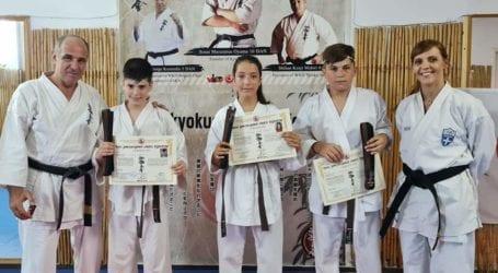 Επιτυχημένες οι προαγωγικές εξετάσεις βαθμών kyu των αθλητών της Ακαδημίας  Shinkyokushinkai Καράτε Βόλου