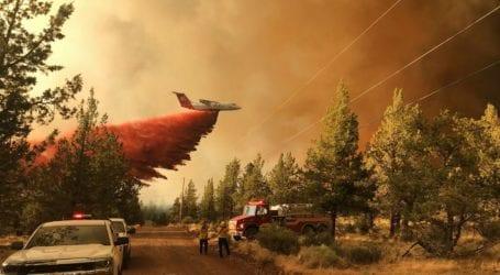 Τουλάχιστον 2.000 σπίτια απειλούνται από τεράστια πυρκαγιά στο Όρεγκον