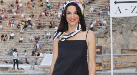 French chic: Η κομψή εμφάνιση της Κατερίνας Ευαγγελάτου στην Επίδαυρο