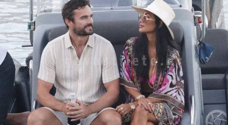 Nicole Scherzinger-Thom Evans: Στιγμές απόλυτης χαλάρωσης για το ευτυχισμένο ζευγάρι στη Μύκονο