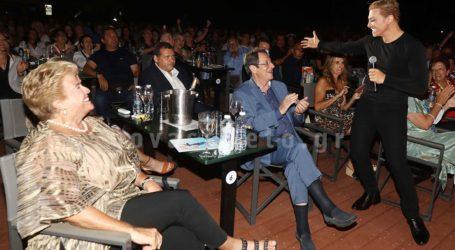 Νίκος & Άντρη Αναστασιάδη: Το προεδρικό ζεύγος της Κύπρου διασκέδασε στο θέατρο Άλσος