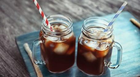 Παγάκια: Πώς θα τα διατηρήσετε «ζωντανά» και τον καφέ κρύο!