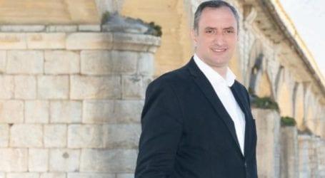 Γιάννης Κόκουρας: Εμβολιαζόμαστε, παίρνουμε πίσω τις ζωές μας