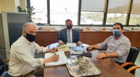 Επίσκεψη του Δημάρχου Τεμπών στο Υπουργείο Περιβάλλοντος για τις καστανοκαλλιέργειες της περιοχής