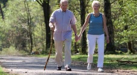 Περπάτημα: Χαρίζει χρόνια ζωής σε αυτούς τους ασθενείς