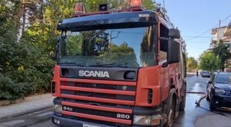 Λάρισα: Συναγερμός νωρίς το πρωί στην Πυροσβεστική για φωτιά σε διώροφη κατοικία (φωτο)