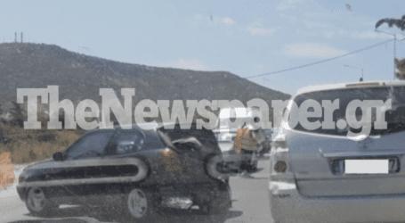 ΤΩΡΑ: Τροχαίο ατύχημα στον Βόλο – Ξανά στην οδό Αθηνών στο ύψος των Αλυκών [εικόνα]