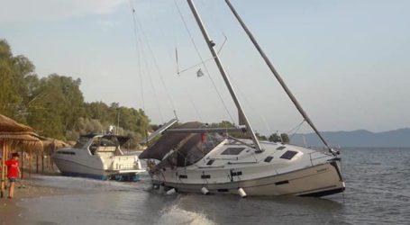 Απίστευτες εικόνες στο Πήλιο: Οι ισχυροί άνεμοι έβγαλαν τα σκάφη στην ακτή