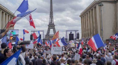 Διαδηλώσεις στο Παρίσι και σε άλλες πόλεις κατά του πιστοποιητικού υγείας