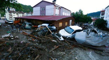 Στους 27 οι νεκροί από τις πλημμύρες