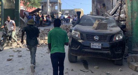 Η Ουάσινγκτον προσφέρει βοήθεια μετά τον φονικό σεισμό στην Αϊτή