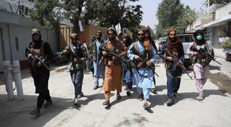 Οι Ταλιμπάν εμποδίζουν δημοσίους υπαλλήλους να επιστρέψουν στις δουλειές τους