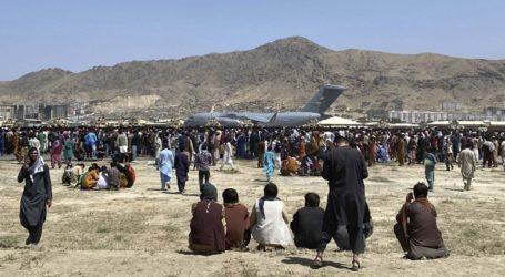 ΗΠΑ και Γερμανία συστήνουν στους πολίτες τους να αποφύγουν τη μετακίνηση προς το αεροδρόμιο της Καμπούλ