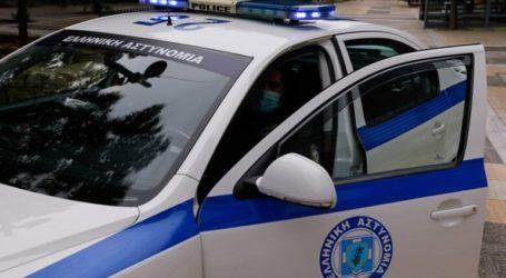 Σύλληψη για όπλα και άσκοπους πυροβολισμούς