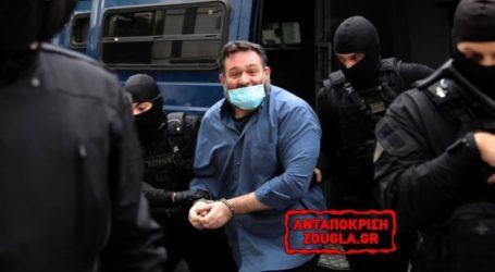 Δεν είναι αθώος ο Λαγός, αλλά κάνει ερωτήσεις από τη φυλακή στην Κομισιόν